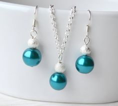 Bridesmaid jewelry set Peacock Bridesmaids Tahiti by LaurinWedding, $15.00  http://www.etsy.com/listing/129171620/bridesmaid-jewelry-set-peacock?ref=sr_gallery_5&ga_search_query=teal+jewelry&ga_order=most_relevant&ga_view_type=gallery&ga_ship_to=US&ga_page=9&ga_search_type=all
