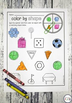 25  hands-on Pre-K Math Centers activities! Looking formotivating math centersfor your Pre-K classroom? These 25 hands-on, ready to print activities teach shapes, counting to 20, writing numbers, patterns and graphing.The activities make itso easy to set up math stations, math centers or math morning work! #mathcenters #preschool #kindergarten