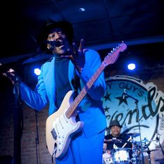 CHICAGO! Tune in to #BluesBreakers on @93xrt tonight at 9PM for all things JANUARY!!!!! Our friend @tommarker has the low down on the next round of #Buddyshows in January 2017 here at Buddy Guy's Legends!
