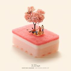 Bigger doesn't always mean better, as Japanese artist Tatsuya Tanaka proves with these tiny dioramas that he makes for his ongoing Miniature Calendar project. Micro Photography, Miniature Photography, Creative Photography, Miniature Calendar, Tiny World, Creative Pictures, Mini Things, People Art, Laura Lee