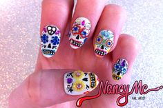 Dia de los Muertos nail inspiration