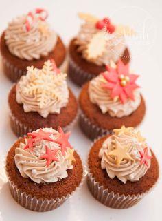 Weihnachtliches Rezept für Gingerbread Cupcakes Smoothie, Mini Cupcakes, Desserts, Food, Ginger Beard, Pies, Natal, Dessert Ideas, Food Food