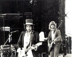 "Foto in ""1978-03-09 - Soundcheck, Western Springs Stadium, Auckland, New Zealand"" - Google Fotos"
