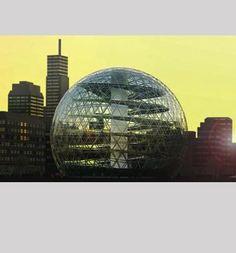 Plantagons växthus finns än så länge i tre storlekar. Deras diameter är 36, 100 och 140 meter. Den största rymmer Ericsson Globe. Bilden är en rendering.