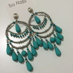 brinco praia maxi argola brincos festa miçanga missanga Bead Jewellery, Wire Jewelry, Beaded Jewelry, Jewelery, Big Earrings, Chain Earrings, Beaded Earrings, Western Earrings, Artisan Jewelry