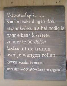 Houten tekstbord gesjabloneerd van GoedHartMaakt! https://www.facebook.com/goedhart.maakt