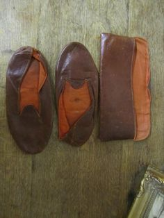 Great pair of Vintage Leather Travel Slippers in leather carry pouch by ontherebound on Etsy