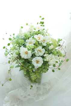 初夏のブーケ 一重のバラで オードリー一会風 松濤レストラン様へ 秋の婚礼についての画像:一会 ウエディングの花