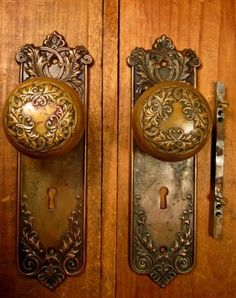 How to Install Antique Doorknobs Antique door knobs Modern door