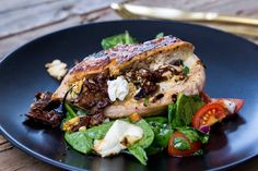 Salmon Burgers, Mozzarella, Feta, Mad, Food And Drink, Dinner, Ethnic Recipes, Dining, Food Dinners