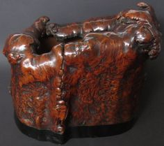Japanese Burl Hibachi, possibly used for japanese tea ceremonies. The natural burl wood has the appearance of 13 turtles climbing and resting on the sides. Japanese Hibachi, Irori, Japanese Buildings, Japanese Furniture, Cypress Wood, Japanese Woodworking, Japanese Tea Ceremony, Japanese Design, Vintage Japanese