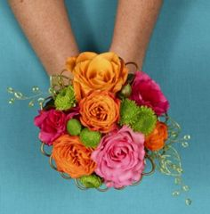 """Need a handheld bouquet? We can help! Check this colorful """"Hot Pink & Orange"""" w #roses & #poms! http://www.uniqueflowerfashions.com/product/prom0042011/hot-pink--orange#utm_sguid=165374,0bf00bb0-3b3c-86bd-afad-8cd84f0233fc #NashvilleFlorist"""