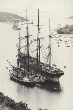 Old Sailing Ships, Ocean Sailing, Honfleur, Ship Drawing, Merchant Navy, Wooden Ship, Navy Ships, Ship Art, Boat Plans
