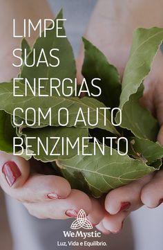 Nossa energia pode ficar desregulada e ocasionar consequências desagradáveis tanto para a nossa alma, como para os nossos corpos. Uma ferramenta que podemos utilizar para conseguir alcançar o equilíbrio é a fitoenergética, que trará o equilíbrio da nossa energia da áurea. É por meio da fitoenergética que iremos conseguir realizar o auto benzimento. Veja como é possível.