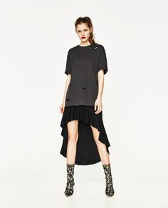 ZARA - TRF - OVERSIZED UNGENDERED T-SHIRT WITH RIPS