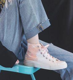 Girls Canvas Shoes Students Casual Shoes tie-dye Summer Autumn Now High Up Lacing Blue Sneakers Women Lady Trainers Good Quality   Парусиновые кеды для студентов для девочек; Повседневная обувь сезон лето-осень синие кроссовки на шнуровке женские кроссовки хорошее качество розовые тай-дай Autumn Rose, Tie Shoes, Superga, White Sneakers, Casual Shoes, Tie Dye, Women, Fashion, Tying Shoes