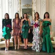 Colombian beauties at Johanna Ortiz Fall/Winter 2016 presentation during Paris Fashion Week. Haute Couture Style, Couture Mode, Couture Fashion, Fashion Week Paris, Look Fashion, Fashion Show, Fashion Design, Pretty Dresses, Beautiful Dresses