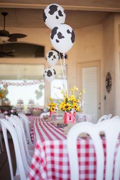 cow print balloons for a farm birthday party Rodeo Birthday Parties, Country Birthday Party, Birthday Party Tables, Birthday Centerpieces, Farm Birthday, Birthday Party Decorations, Puppy Birthday, Cowgirl Birthday, Birthday Ideas