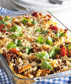Macaroni casserole with tex mex twist/Texmex-makaronilaatikko Tex Mex, Food N, Good Food, Food And Drink, Macaroni Casserole, My Cookbook, Fried Rice, Pasta Salad, Superfood