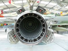 MiG-23 afterburner exhaust airbrakes - 空力ブレーキ - Wikipedia