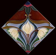 Gilliot & Cie Hemiksem - Art Nouveau tile with flowers