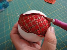 patchwork christmas ball by telaspatch