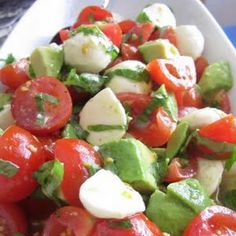 Mozzarella, Tomato and Avocado Salad. this is fantastic. In the summer I do it on cottage cheese instead of mozzarella Avocado Tomato Salad, Avocado Salad Recipes, Tomato Basil, I Love Food, Good Food, Yummy Food, Tasty, Healthy Snacks, Healthy Eating