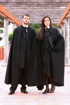 This is how university students dress in my country, and yes Hogwarts uniform was inspired by this tradition. Capes, Mens Cape, Hogwarts Uniform, Male Witch, University Outfit, Harry Potter Outfits, Uniform Design, Good Looking Women, Steampunk Costume