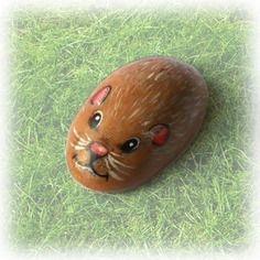 Peinture sur galet, petite souris