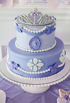 Royal Purple Sofia the First Birthday Party. This purple cake is simply stunning for a Sofia the First party! Sofia The First Birthday Cake, Birthday Cake Girls, First Birthday Parties, First Birthdays, Tangled Birthday, Tangled Party, Tinkerbell Party, 4th Birthday, Birthday Ideas
