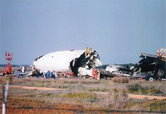 Martinair Flight 495 was a Dutch DC-10, registered PH-MBN, that crash-landed in severe weather conditions onto runway 28 at Faro Airport, Portugal, in 1992. The aircraft carried 13 crew members and 327 passengers, mainly holidaymakers from the Netherlands. 54 passengers and 2 crew members died[1] and 106 of the other occupants were badly injured. Deze foto is erg persoonlijk omdat ik als klein kind eigenlijk in het vliegtuig zou zitten maar we misten de vlucht.