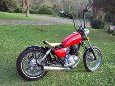 Resultado de imagem para 125 bobber Tracker Motorcycle, Bobber Motorcycle, Bobber Chopper, Motorcycle Design, Honda Cb, Suzuki Gn 125, Peugeot, Ride Or Die, Custom Bikes