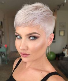 Today we have the most stylish 86 Cute Short Pixie Haircuts. We claim that you have never seen such elegant and eye-catching short hairstyles before. Pixie haircut, of course, offers a lot of options for the hair of the ladies'… Continue Reading → Short Pixie Haircuts, Short Hairstyles For Women, Hairstyles Haircuts, Short Hair Cuts, Asian Hairstyles, Ladies Hairstyles, Very Short Pixie Cuts, Pixie Haircut Styles, Short Blonde Pixie