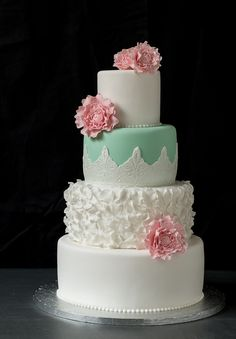 Wedding cake with pastel colors