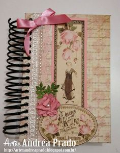 Boa noite gente linda!!!  Esse caderninho fofo fiz pra querida Dani Claro da Arte Fácil, ela adorou!!! Usei os papéis da Arte Fácil Artesa...