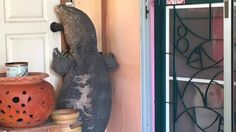 He came home to find a lizard by his front door — its size will blow your mind Aliens, Scary, Creepy, Monitor Lizard, Moving To Florida, Weird Stories, Blow Your Mind, This Man, Beautiful Creatures