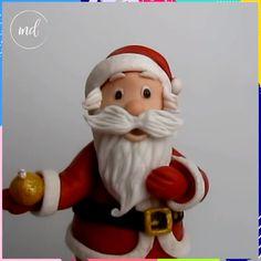 How to Make Santa in Sugar Paste Tutorial Credit: Francesca SugarArt Christmas Cake Designs, Christmas Cake Topper, Christmas Cake Decorations, Fondant Decorations, Cake Decorating Frosting, Cake Decorating Videos, Cake Decorating Techniques, Decorating Tips, Fondant Cake Toppers