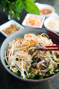 Vietnamese Bun Bo Xao (Noodle Salad Beef Stir Fry) on Use Real Butter Asian Recipes, Beef Recipes, Cooking Recipes, Healthy Recipes, Bo Bun, Great Recipes, Favorite Recipes, Vietnamese Cuisine, Vietnamese Noodle