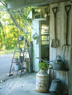Hang shovels & tools on outside wall under gable roof! Potting Shed Ideas