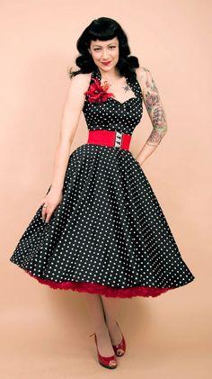 rockabilly fashion - great peek of a red petticoat Pinup Rockabilly, Vestidos Rockabilly, Looks Rockabilly, Rockabilly Fashion, 1950s Fashion, Vintage Fashion, Rockabilly Dresses, Rockabilly Clothing, Girl Fashion
