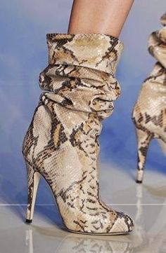 Apr 2020 - Spring New Women Sexy Python Snake Skin Pointed Toe Stiletto Heels Mid-calf Short Boots Fold Rome Style Lady Botas Party Booties Botines Peep Toe, Bootie Boots, Ankle Boots, Mid Calf Boots, Botas Sexy, Spring Boots, Hot High Heels, Hot Shoes, Women's Shoes