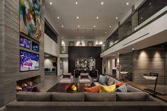 RDM General Contractors Design a Contemporary House in California
