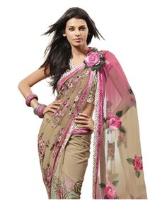 Really like the drape and pinning the pallu in the front like that.