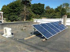 Aer conditionat alimentat 100% cu energie solara Solar Panels, Outdoor Decor, Sage Green House, Houses, Sun Panels, Solar Power Panels