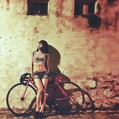 taipeifixedstyle: Korea Fixie girl Repost See other ideas and pictures from the category menu…. Faneks healthy and active life ideas Bicycle Women, Road Bike Women, Bicycle Girl, Bike Equipment, Cycling Motivation, Cycling Girls, Bicycle Maintenance, Bike Seat, Bike Style