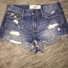 Hollister Jean shorts Nearly new. Hollister Shorts Jean Shorts