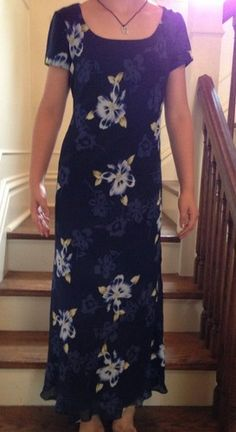 $22.99 Free Shipping Ann Taylor Petite Dress 4 P Navy Blue Floral Fully Lined Tea Length Short Sleeve