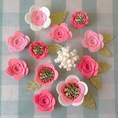 Hey, I found this really awesome Etsy listing at https://www.etsy.com/ru/listing/291762209/12-hand-made-felt-3d-flowersroses-12