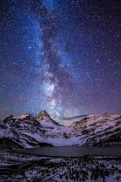 Mt. Assiniboine, British Columbia. The sky is so beautiful! I lov it :3