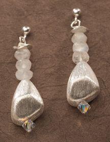 TRU Balance Earrings Moonstone- emotional balance, new beginnings, empathy